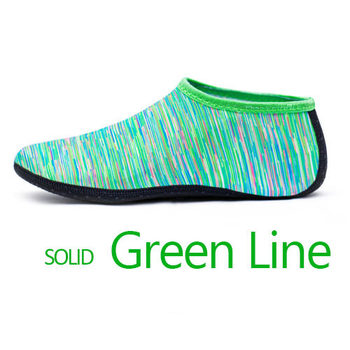 Green lines sock