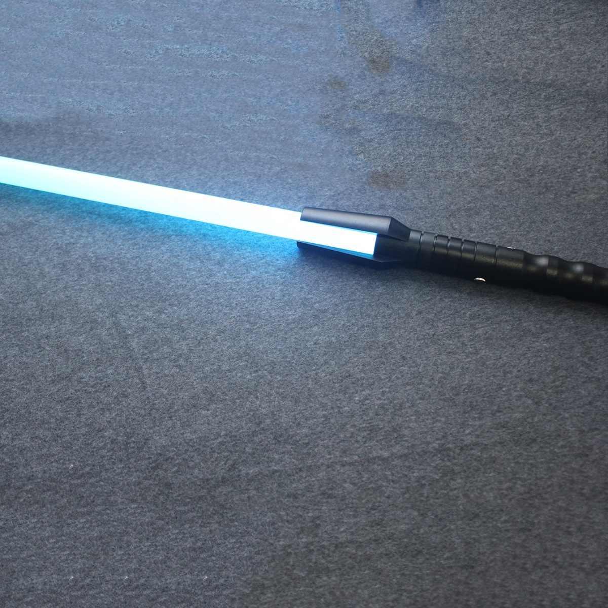 Ydd Zjw 7 Warna 100 Cm Lightsaber Mainan Jedi Sith Light Saber Kekuatan Berat Duel Isi Ulang Warna Mengubah Suara