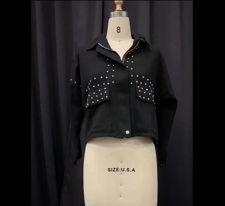 秋の女性原宿リベットメンズジャケットコートクールショート黒ジーンズジャケット学生の基本的なコート衣装長袖ジッパージャケット女性