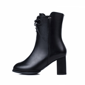 Image 5 - Classics Fashion Vrouwen Mid Kuit Laarzen Cross gebonden Solid Vintage Winter Laarzen Ronde Neus Med Plus Size Schoenen