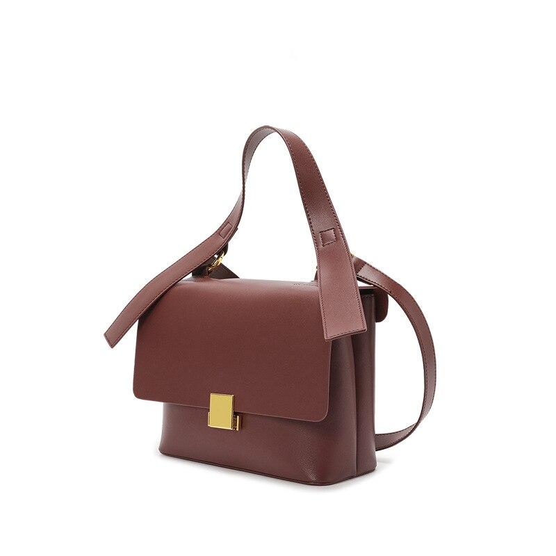 Advanced sense portable large-capacity bag female 2020 new retro fashion soft leather commuter bag shoulder diagonal female bag