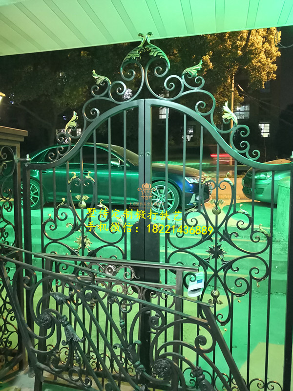 Hench 100% Handmade Forged Custom Designs Metal Gates -28