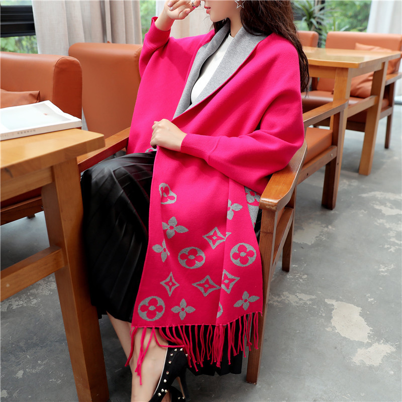 New Style Loose-Fit Dolman Sleeve Shawl High-quality Jacket Korean-style V-neck Tassled Jacquard Sweater  Women Sweater