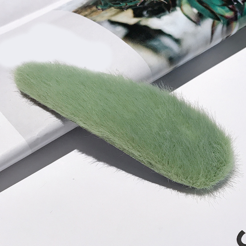 1 шт. искусственный мех капли квадратные заколки для волос шпильки с плюшевыми шариками осень зима мягкие однотонные заколки аксессуары для волос Зажимы для челки - Цвет: 29-Green