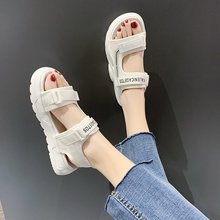 Summer 2020 new daddy sports sandals all-match fashion female sandals muffin thick bottom increased casual sandals Z1011 sandals female 2020 summer new fashion wild sports casual sandals increased thick bottom muffin sandals z922