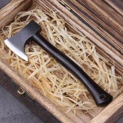 Действительно маленький топор Викинга, деревянная ручка с железным топором и деревянная коробка викинга в подарок