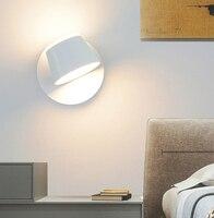 Kinkiet LED nowoczesna ściana regulacja światła oświetlenie wewnętrzne czarny/biały kinkiet światło do pokoju salon lampka do sypialni światła w Wewnętrzne kinkiety LED od Lampy i oświetlenie na