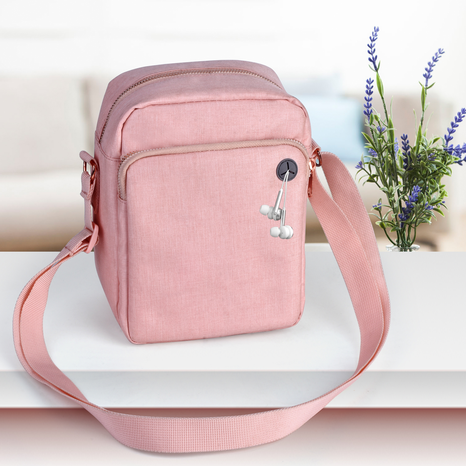 Sports Shoulder Bags For Women Men Gym Crossbody Bag With Headphone Plug  For Running Walking Climbing Sports Wallet Phone Bags