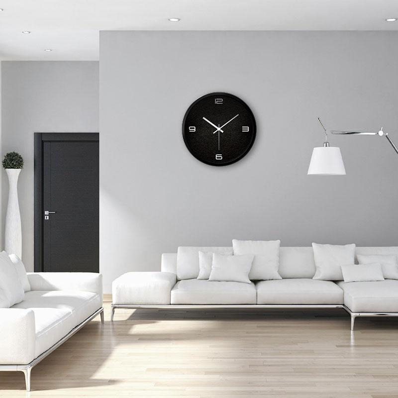 Mute clock fashion wall clock living room bedroom modern creative personality to form a simple clock a quartz clock