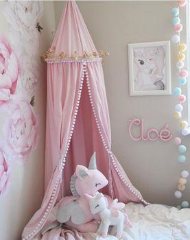 Habitación de los niños decorada cúpula mosquitera cama cenefa niñas habitación decoración dosel camas niños carpa niñas habitación Decoración