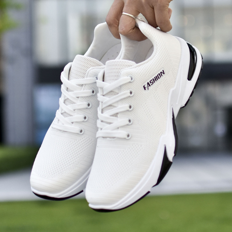 New men's low top running shoes 2021 fashion mesh breathable casual shoes outdoor sports shoes white tennis shoes