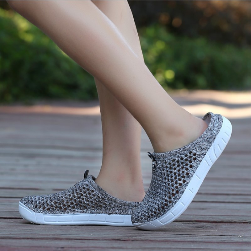 Women Fashion Leisure Fitness Shoes Women Light Breathable Summer Shoes Female Network Sports Toning Shoes Hollow Beach Shoes tipi tent kinderkamer
