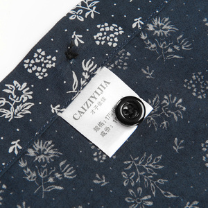 Image 5 - Mannen Fashion Bloemen Gedrukt Lange Mouwen Katoenen Shirts Comfortabele Standaard Fit Button Down Dunne Casual Blouse Tops shirt