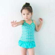 2015 new baby girls swimwear 2 pieces style color light blue fit 2-6 years old with UV protection function