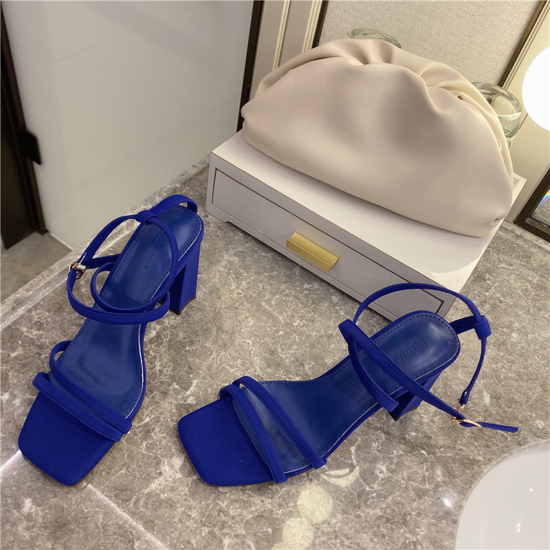 summer black blue open toe block high heels T-strap girls wedding shoes women gladiator sandals image