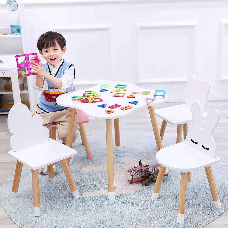 Wooden Children's Study Table And Chairs Kindergarten Cartoon Cloud Small Table Writing Toy Game Table And Chair Set