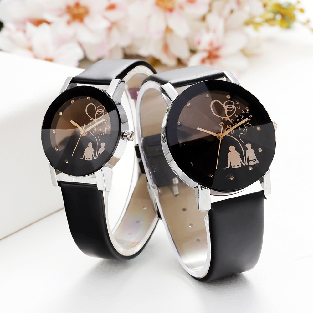 2019 Hot Sale Back Belt Belt Couple Table Casual Romantic Style Mini Smoke Yellow Mirror Alloy Case Set Rhinestone Quartz Watch