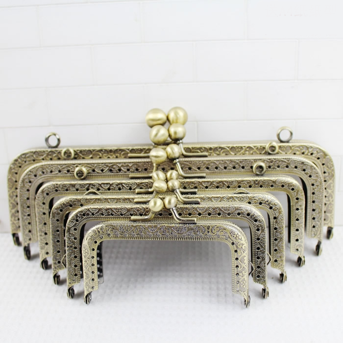 3 Piece Many Sizes Antique Brass Sewing Purse Frame With Hook Metal-accessories-for-handbags Diy Bag Accessories Purse Frame