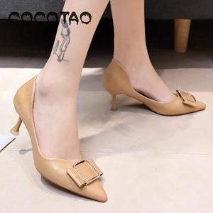 Image 3 - รองเท้าหนังนุ่มรองเท้าผู้หญิงฤดูร้อน 2019 ใหม่JOKERเว็บที่มีชื่อเสียงFairy Diamond PointปากLadle shoes33