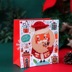 Image 2 - LBSISI Vita 10pcs Di Natale Della Caramella Del Biscotto Scatole di Carta Cupcake Al Cioccolato Biscotto Torrone Regalo Kraft Scatola di Carta Per Il Buon Natale