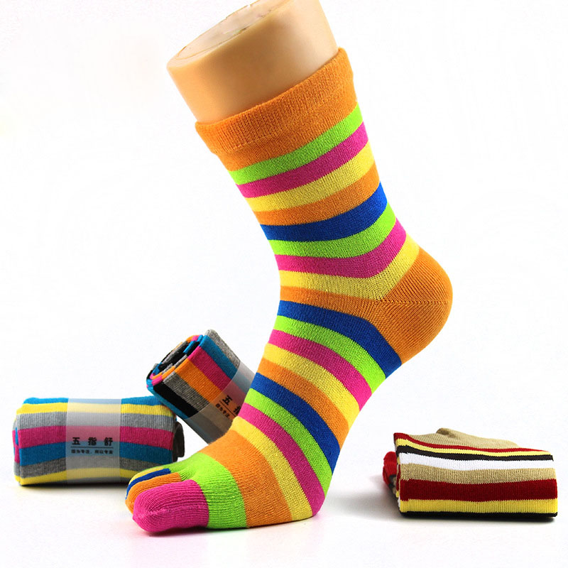 Women's Cotton 5 Five Finger Socks Colorful Striped Mid Calf Casual Sports Toe Socks Comfortable Antibacterial Deodorant Hosiery