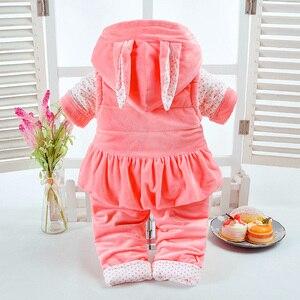 Image 2 - 新しい秋 & 冬の女の赤ちゃんセットウサギスタイル綿追加が詰め暖かい 0 2 T 新生児幼児ベビー 3 ピース/セットウォーキングドレス