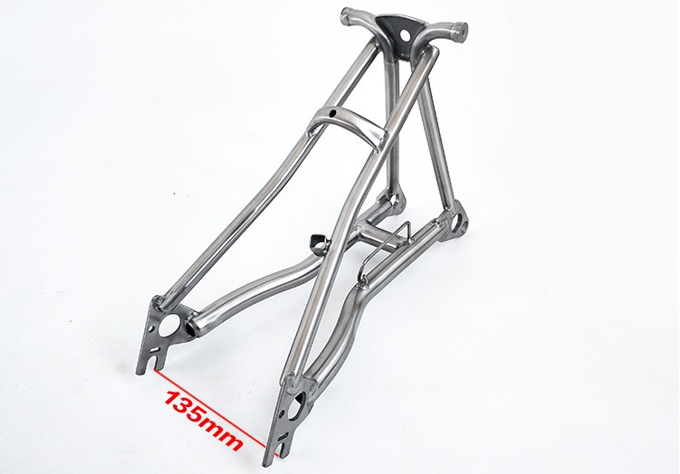 Disc Brake Width : 135mm Titanium Rear Triangle Fit For Brompton Bike Bicycle