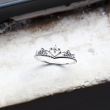 Cute Female Small Heart Crown Ring Simple Silver Color Love Engagement Ring Vintage Wedding Rings For Women(China)