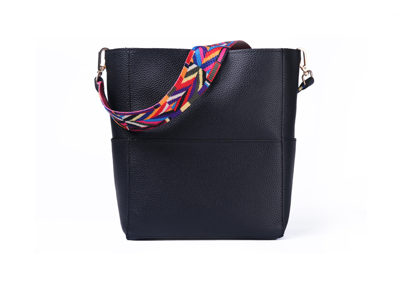Litchi leather black