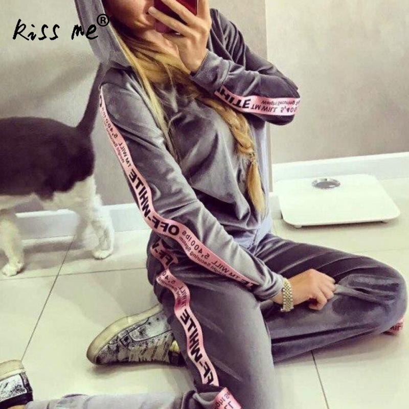 Letter Print Velvet Tracksuits Women Casual Hooded 2 Pieces Set Female Sportswear Autumn Winter Thick Tracksuit Women Pants Sets