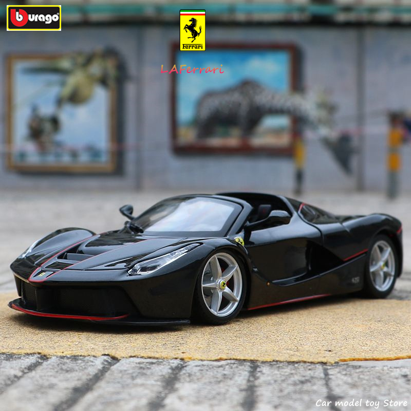 Bburago 1:24 Ferrari High-imitation Car Model Die-casting Metal Model Children Toy Boyfriend Gift Simulated Alloy Car Collection