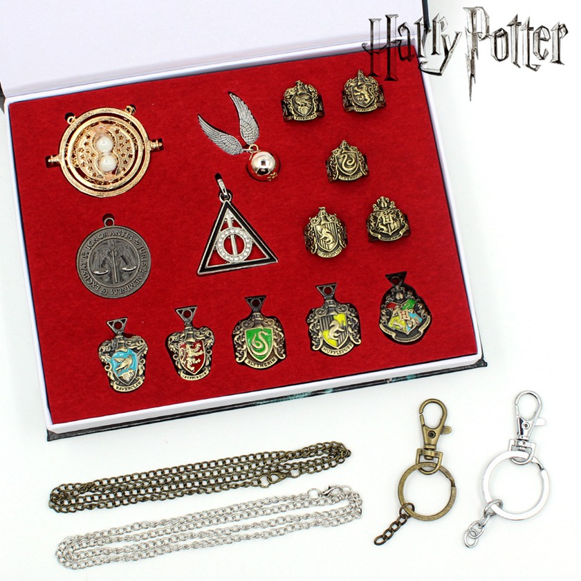 Harri Potter Seal Stamp Vintage Alphabet Wax 3D Metal Badge Seal Sets Hermione Magic Wand Weapon Keychain Necklace Box Toy 15