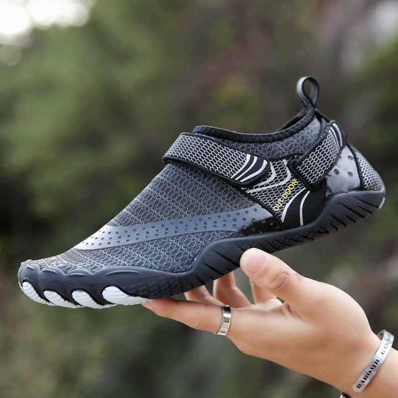 Aquashoes Breathable Mesh Men Beach Water Shoes Aqua Barefoot Schwimmschuhe Reef Shoes Wading Sea Fishing Hiking Sandals Black