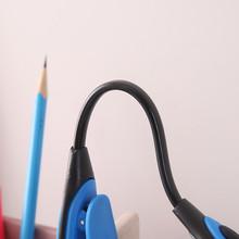 Grzywny wygodny przenośny LED klip Mini książka światło czytanie lampa biurkowa lampa elastyczna 6 lampa LED do Power Bank Laptop Notebook PC tanie tanio AliWarm CN (pochodzenie) NONE Światło do czytania książek bateria pastylkowa CR2032 Żarówki LED Light