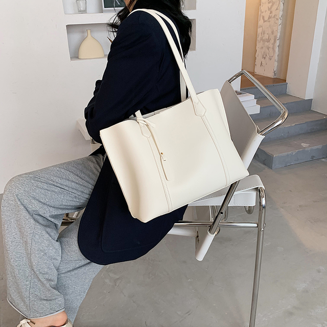 Elegant Womens Hand Bag 4