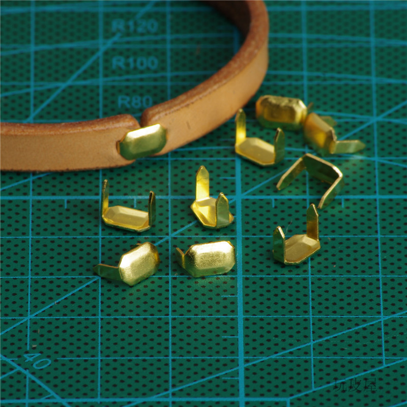 Staples Hardware-Accessories Fastener Belt Craft Loops-Keeper-Connect Brass for Two-Prong title=