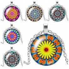 2019 New Trend 3 Color Kaleidoscope Glass Cabochon Pendant Necklace Mandala Decorative Sweater Chain