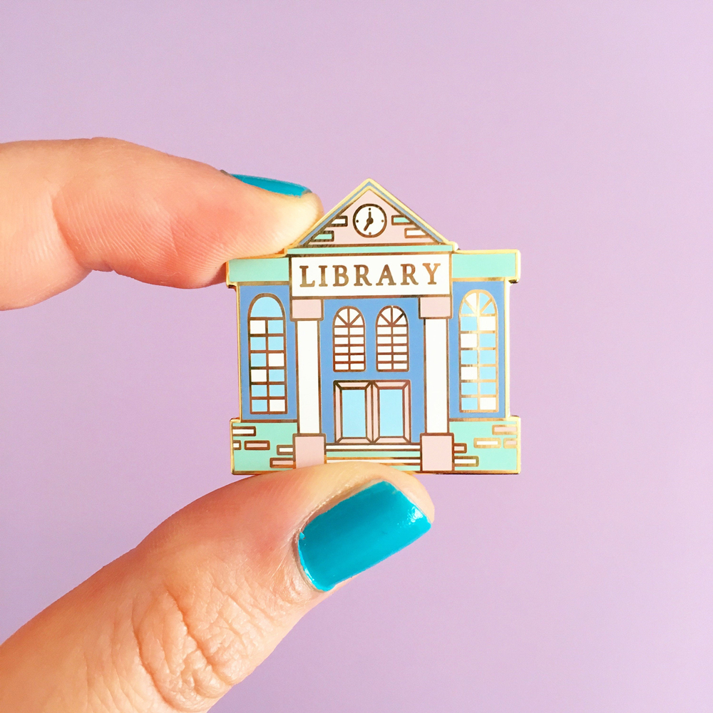 Simplicity Cartoon Library Hard Enamel Pin Book Lover Lapel Pins Literary Bookworm Badge Backpack Pins Decor Jewelry Unique Gift