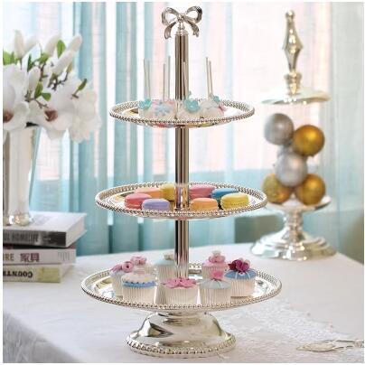 Mode 2/3 couche argent plaqué rond en métal gâteau stand outils de décoration de gâteau plateau d'affichage pour la décoration de mariage DGP048