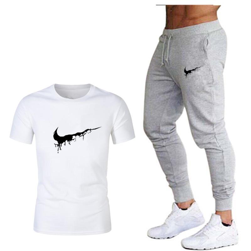 Tide Brand LOGO Printing Men's Short-sleeved T-shirt Fashion Casual Loose T-shirt + Jogging Sports Pants 2019 New Men's Clothing