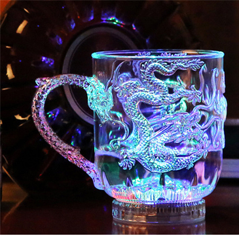 High Quality Unique Design LED Flashing Color Change Water Activated Light Up Dragon Beer Whisky Cup Mug Decoartion Home