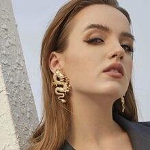 Longue boucle d'oreille en métal pour femmes, pendentif de personnalité, bijou de caractère Unique, cadeau de fête