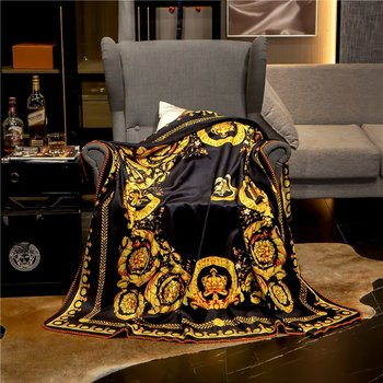 2020 New Classic Palace Luxury Blanket Soft Fleece Velvet Sofa Throws Digital Printing Flannel Home Decoration 3 Size Black Gold