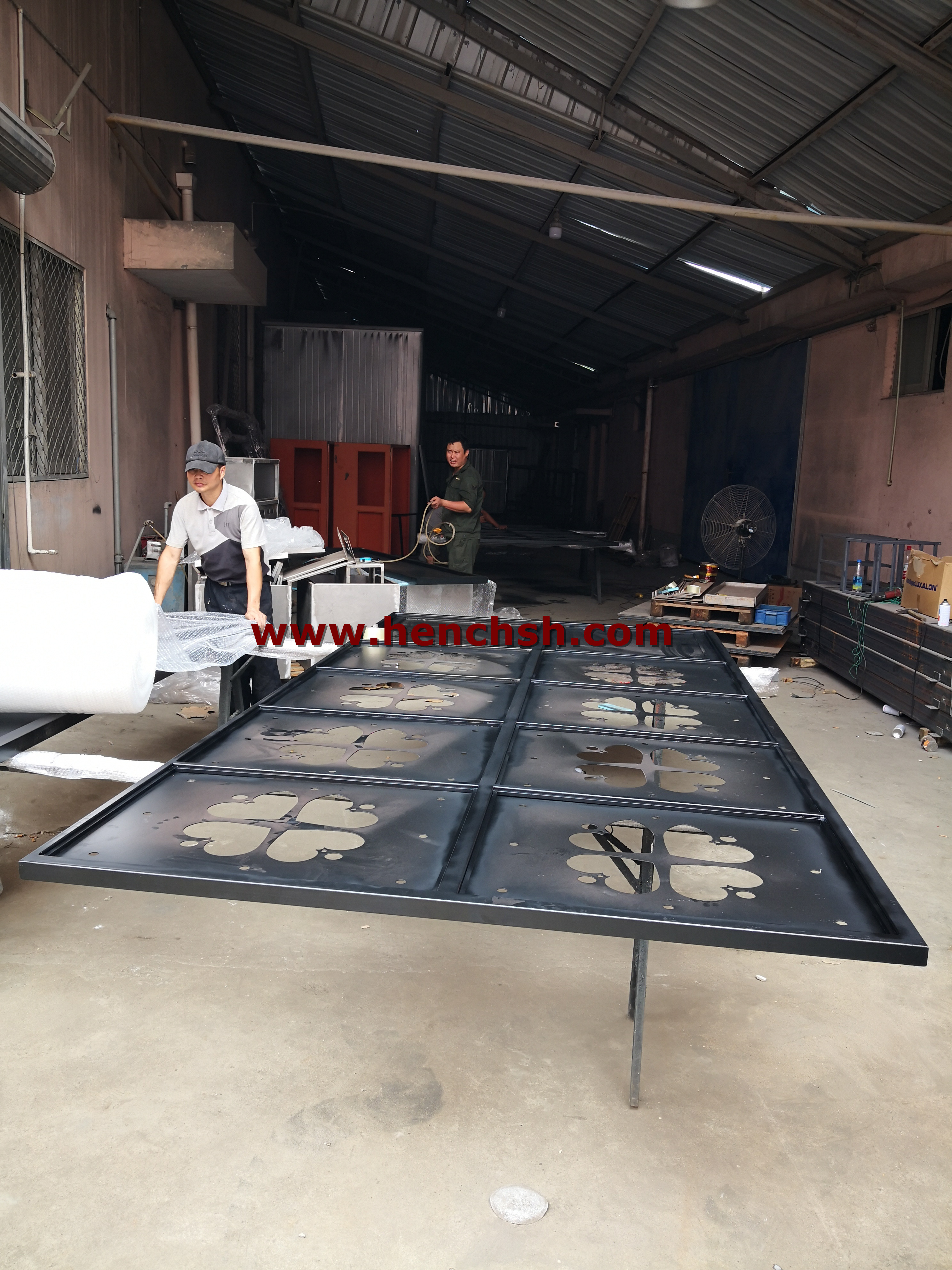 Hench Steel Iron Doors