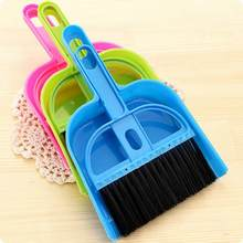 Mini desktop escova de limpeza de varredura conjunto de duas peças escova de teclado pequena vassoura conjunto de dustpan para a escola em casa escritório escova limpa