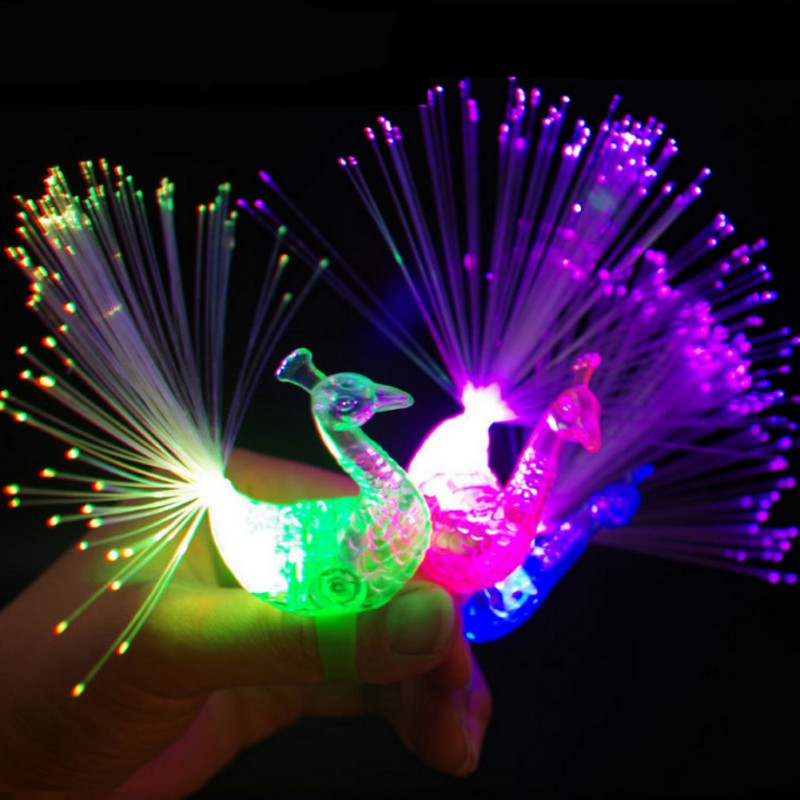 Funny Plastic Peacock Finger Lighted Colorful Toy LED Light-up Rings Random Color Party Gadgets Kids Intelligent New Toy