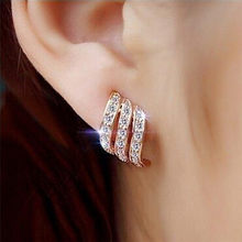 Gifts For The New Year Hot Plated Rose Gold And Stud Earrings European And American Creative Three Rows Of Female Ear Jewelry 18(China)