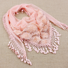 Trendy Fashion Woman Borla Vest And Scarf Autumn Silk Lace Triangular Necklace