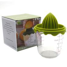 Espremedor de frutas de alta temperatura resistente do ambiente do espremedor da resina dos pp manual da cozinha de casa com escala suplemento alimentar