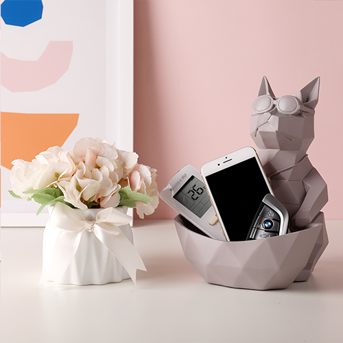 Kitty & Creamy Vase